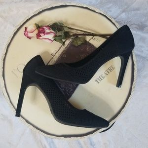 Cute Black Stiletto Heels NWOT